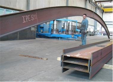 Stahlträger biegen
